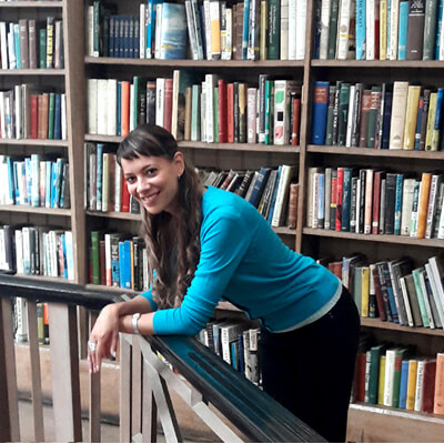 Anna-Christina doing Music Audio Stories at libraries
